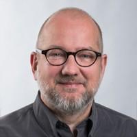 Mitarbeiterportrait Kai Sender - Community Manager Trauer.de
